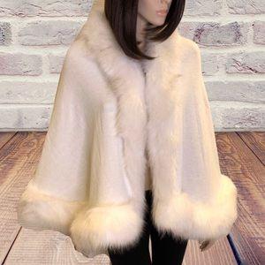 Jessica McClintock Faux Fur Lined Shawl OS